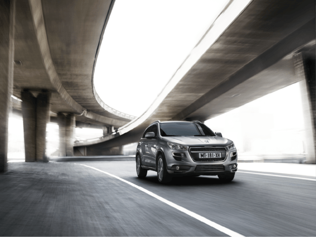 peugeot 4008 crossovers