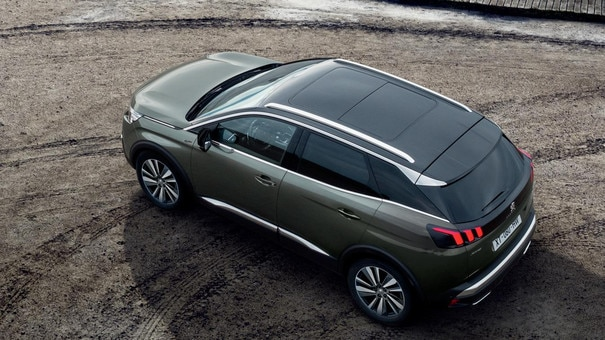 PEUGEOT 3008 SUV: Black diamond roof