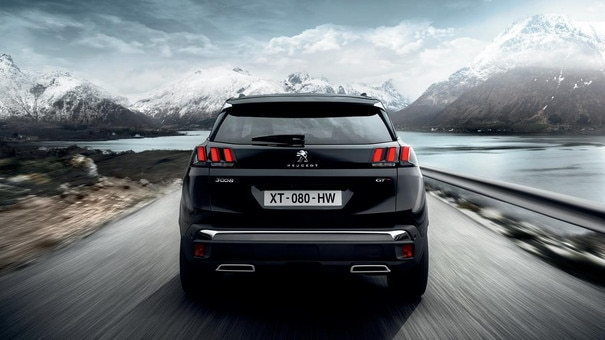 PEUGEOT 3008 SUV - backside with LED claw